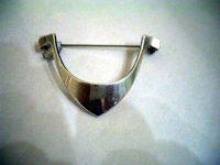Tone Vigland – silver brooch
