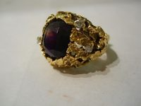 18ct  gold and Amethyst ring