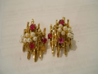 14ct gold pearl and ruby earrings