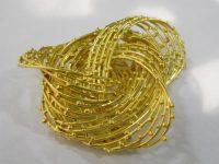 DAVID THOMAS GOLD brooch