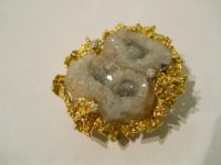 ALAN GARD 18CT GOLD AND CRYSTALISED AGATE BROOCH with 3 diamonds,1966