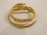 ANDREW GRIMA 18CT GOLD BROOCH WITH DIAMONS