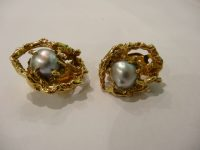18CT GOLD AND PEARL EARINGS BY ARTUR KING,USA 70S,SIGNED