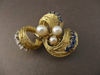 ANDREW GRIMA DIAMOND AND SAPHIRE BROOCH WITH PEARLS