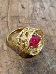 JOHN DONALD 18CT GOLD AND RUBY RING